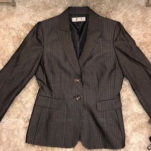 Tahari By Arthur Levine Ladies Suit